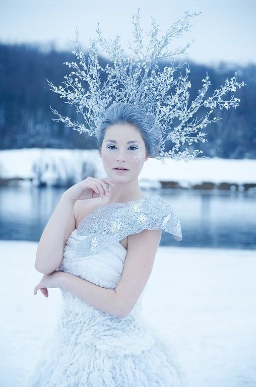 Snow Princess Makeup, Snow Queen Shoot, Schneekönigin, Antlers, White hair, Wintershoot, Makeup by feengleich www.feengleich-makeup.com, Photo by ECM Photography, Location Wienerberg