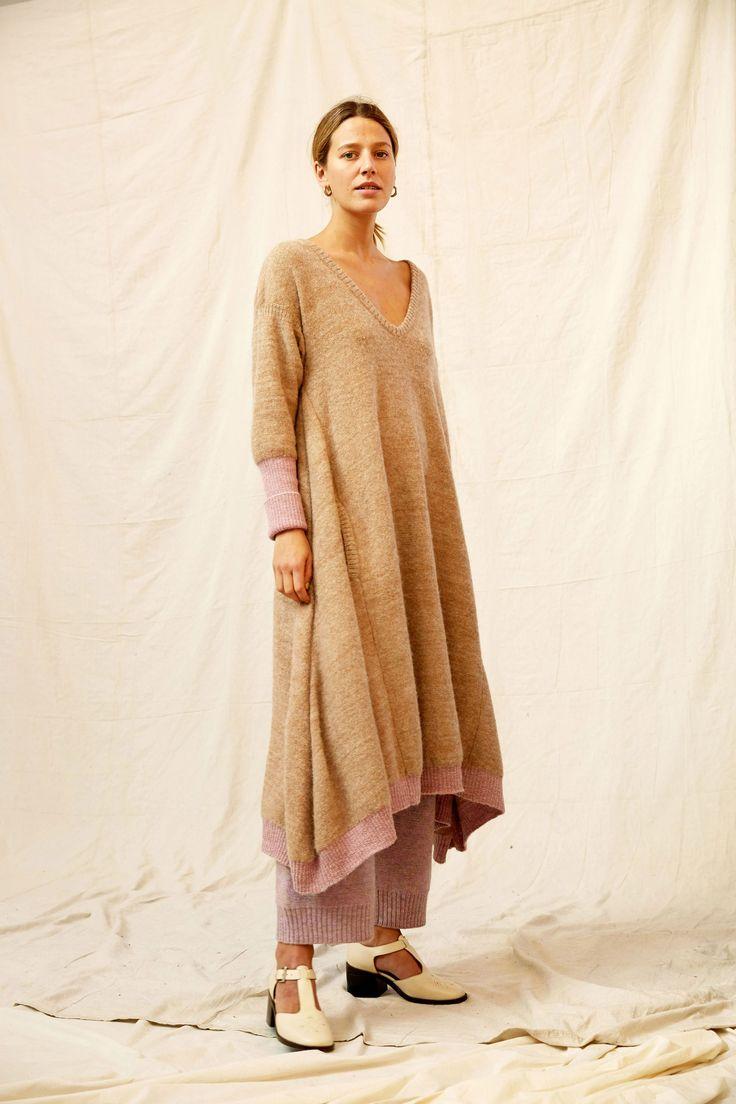 No. 6 Fall 2017 Ready-to-Wear Fashion Show