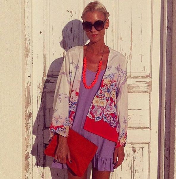 http://www.annamavridis.com/2013/07/karavan-clothing.html