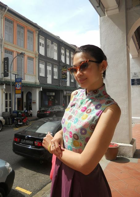 Walking in May: Styling the Modern Cheongsam (Qipao) by 'Our Bitsy Prints' with some 1950s inspiration!  http://www.walkinginmay.com/2013/09/qipao-love-part-10-modern-cheongsam.html