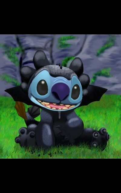 Stitch and Toothless has the same creator Chris Sanders!!