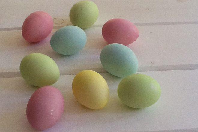 Δείτε πως θα βάψετε παστέλ πασχαλινά αυγά !