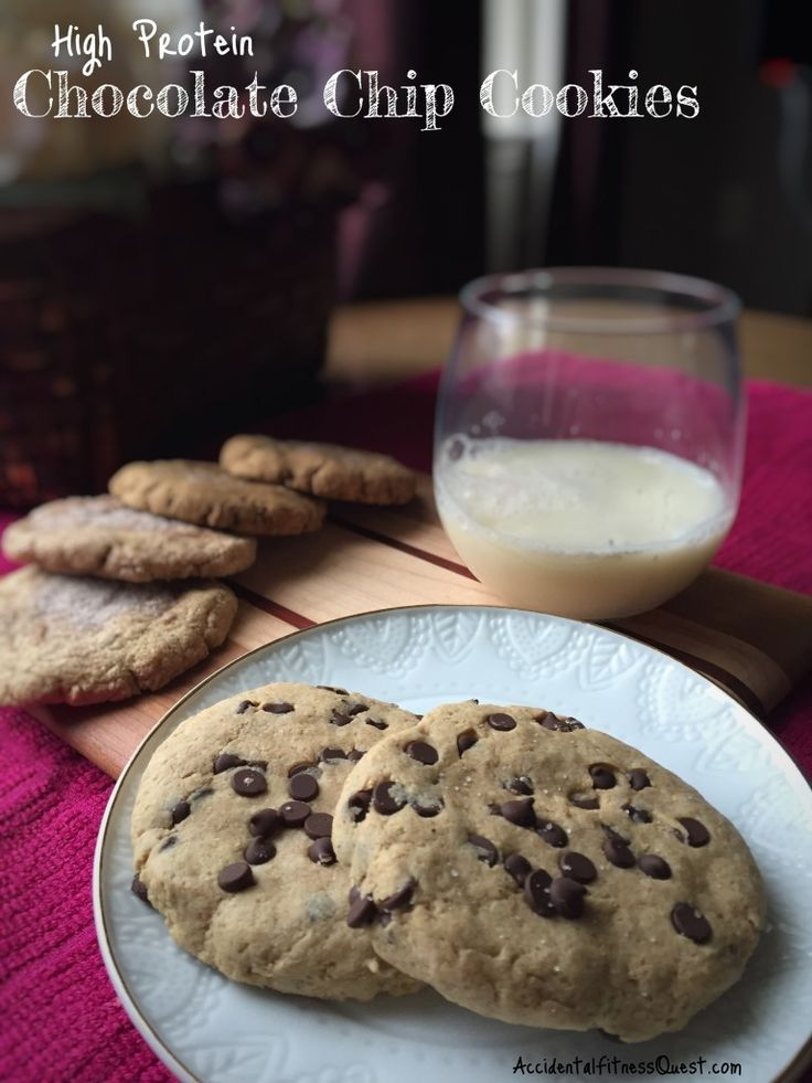 Copycat Lenny and Larry's Chocolate Chip Cookies