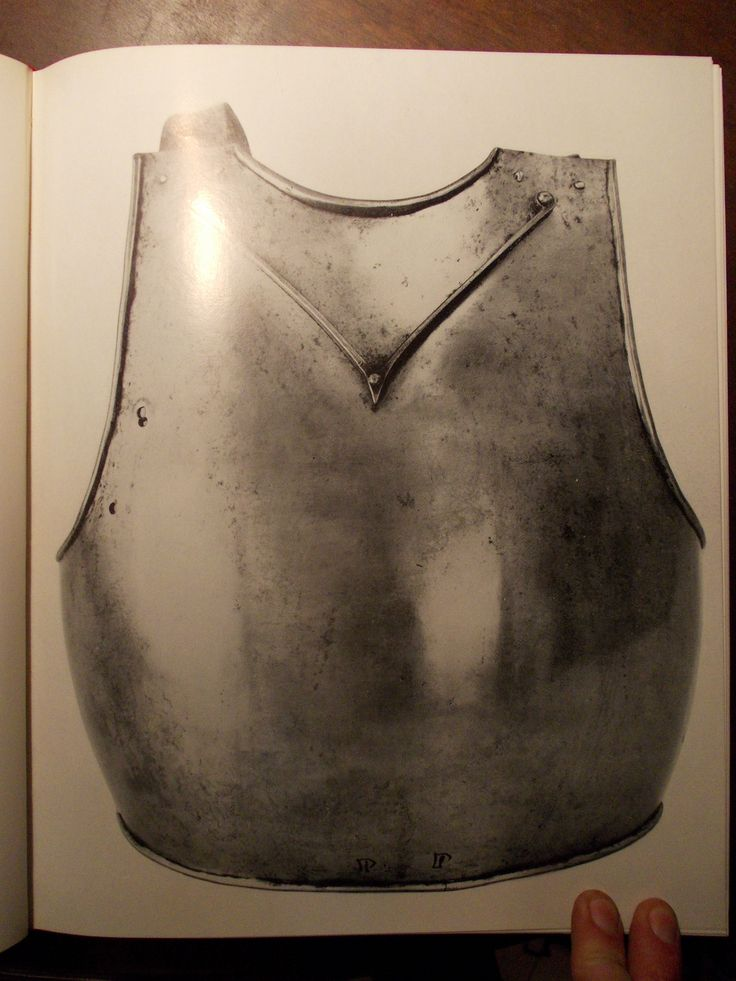 My Breastplate is an almost-identical copy of the one in Schloss Churburg armoury. Significative differences are in size for my own adjustment and the lance-rest (absent in the artifact) which I added for reconstructive-educative purposes.  Breastplate, Ruestkammer Schloss Churburg, Schluderns 1390 ref_arm_3810