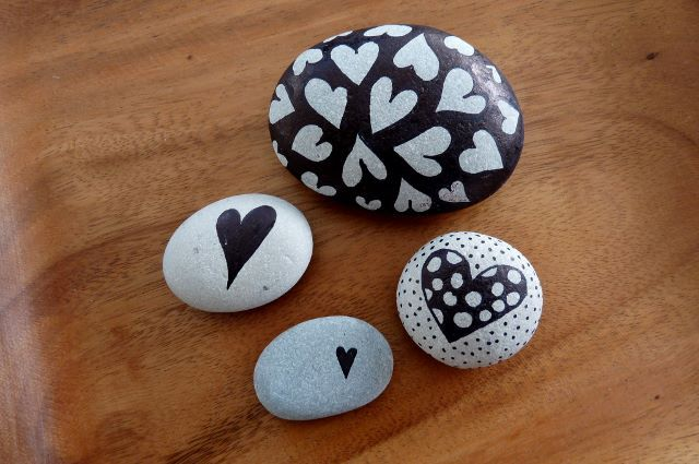 Pebbles of Portugal ~ collected on the beaches around Cascais and hand painted by Sabine Ostermann https://www.facebook.com/pebblesofportugal