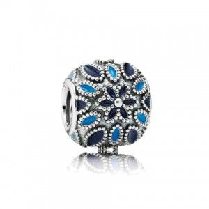 Cathedral Rose Charm, PANDORA Store_Exclusive, 791374ENMX - Pandora Mall of America, MN
