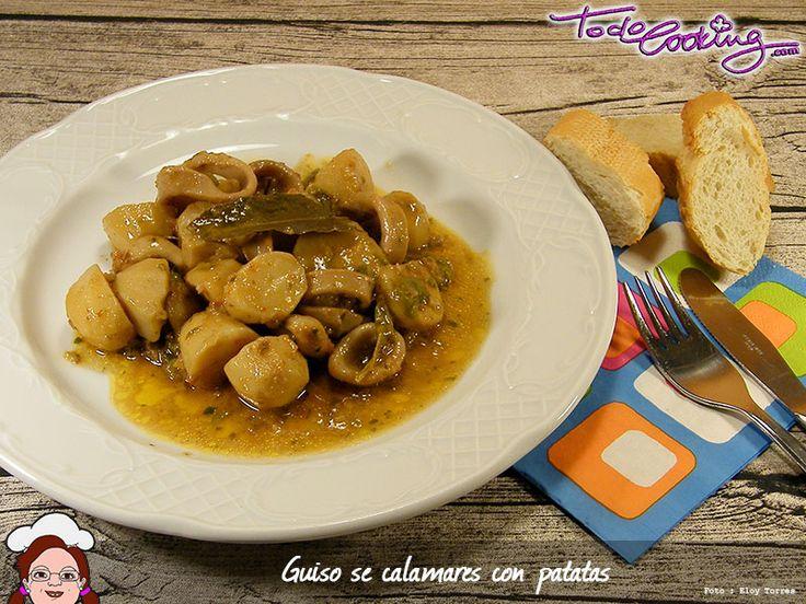 Un guiso de calamares con patatas, receta muy fácil y sabrosa de la cocina tradicional española. Si aún no lo has probado, no dejes de hacerlo!