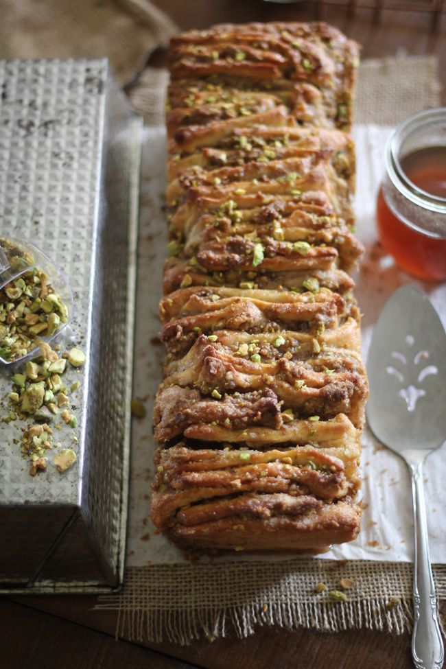 Baklava Pull-Apart Bread | Sprinkle Bakes