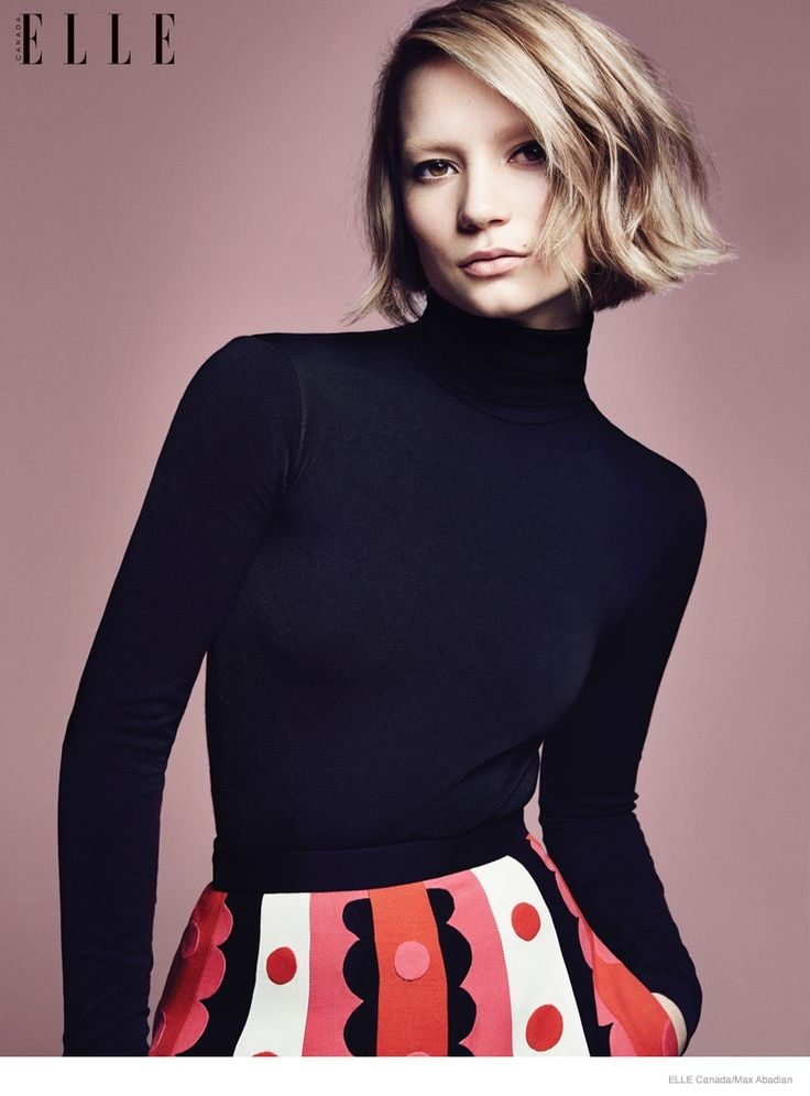 Mia Wasikowska 2014 Photos05 Mia Wasikowska Wears Fall Style for Elle Canada Cover Story