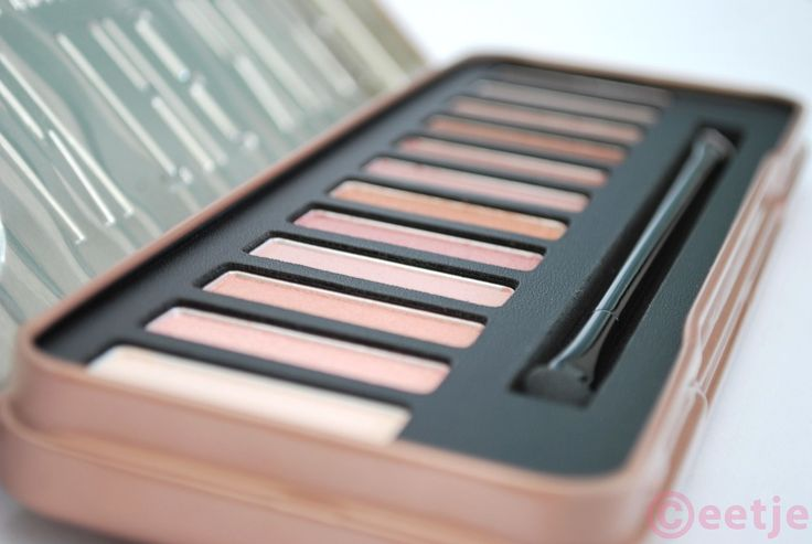 W7 In the Nude oogschaduw palette (Naked 3 dupe) swatches en ooglooks | Ceetje