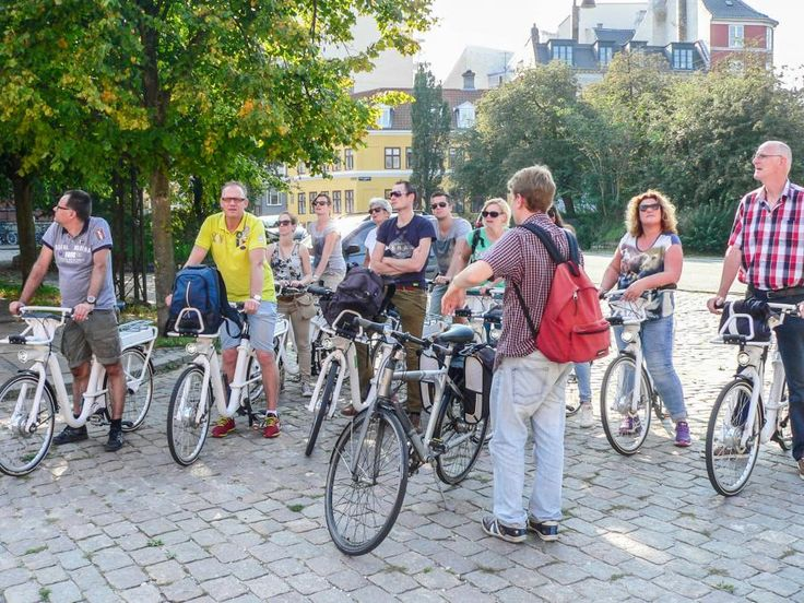 If you want to experience all the main attractions of Copenhagen, a bike tour is a good choice.  You will experience all the interesting attractions in Copenhagen by bike with Tourboks!