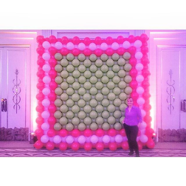 Yesterday's creations, a giant balloon wall for a barmitzvah in Claridge's to be used as a grand entrance for the star of the show to come bursting though it #balloonwall #barmizvah #balloonbackdrop #football #footballtheme #balloons #claridges #claridgesballroom #aballoon