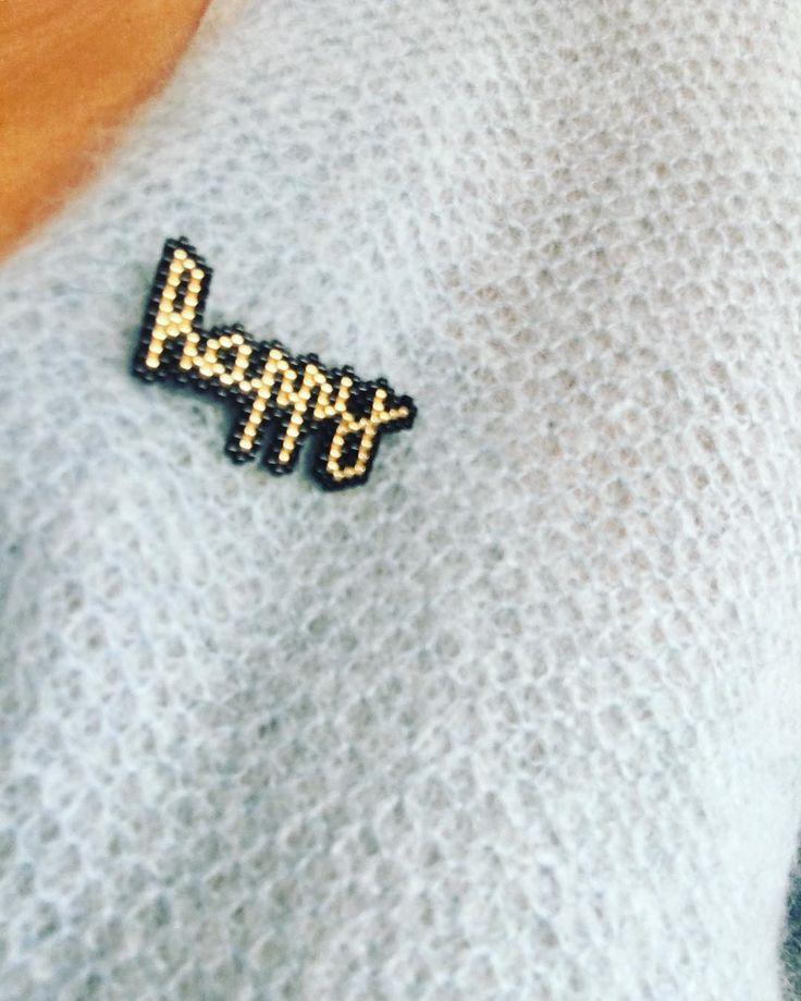 Toujours en vacances, toujours HAPPY  veste des petits hauts #MotifJolisPois #jolispois #jenfiledesperlesetjassume #madeinbordeaux #bordeaux #arcachon #perlesaddict #perlesaddictanonymes #despetitshauts #brickstitch#tissageperles