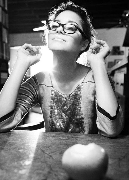 { marion cotillard } The change in the styles in glasses in the last 50 years...men and women can look chic, smart, sexy, intelligent, bookish, kooky, just pick your look.