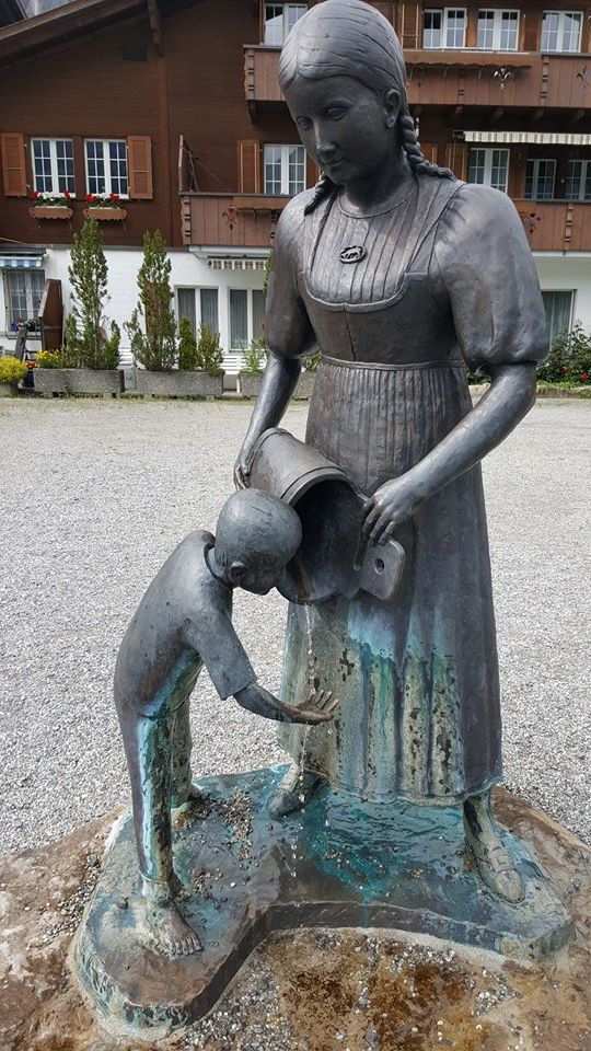 Schweiz - Thun Statue