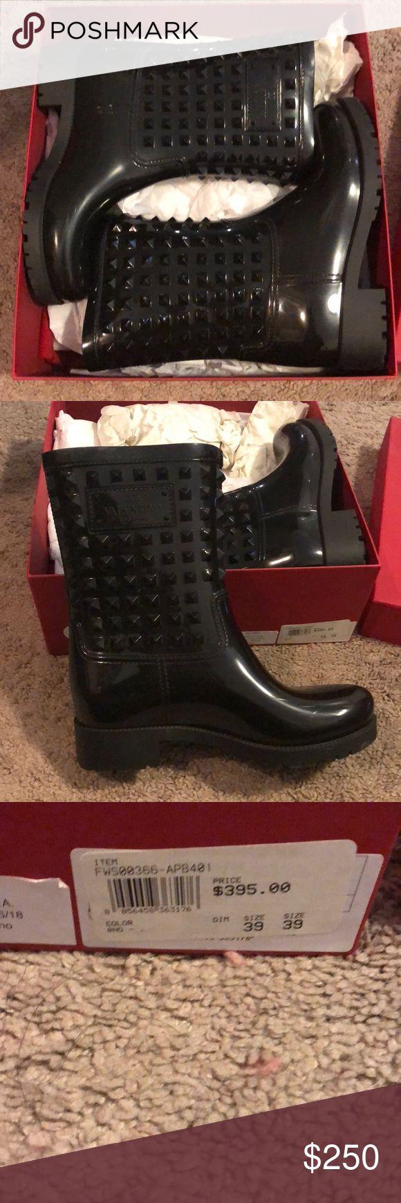 Valentino rain boots Valentino rain boots worn twice Valentino Shoes Winter & Rain Boots