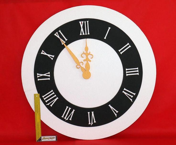Zegar na bal sylwestrowy. Nowy Rok