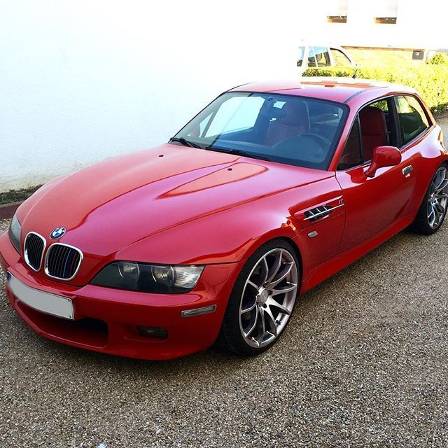 BMW Tuning mit #mibenco rubinrot und unserem #AutoSprühFolie Highglossfinish 😍 // mibenco #rubberdip rubyred and highglossfinish looks awesome on this #beamer 😏 #bmw #bmwz3 #bmwtuning #colourchange #bimmer #removable #sprühfolie #flüssiggummi #liquidrubber