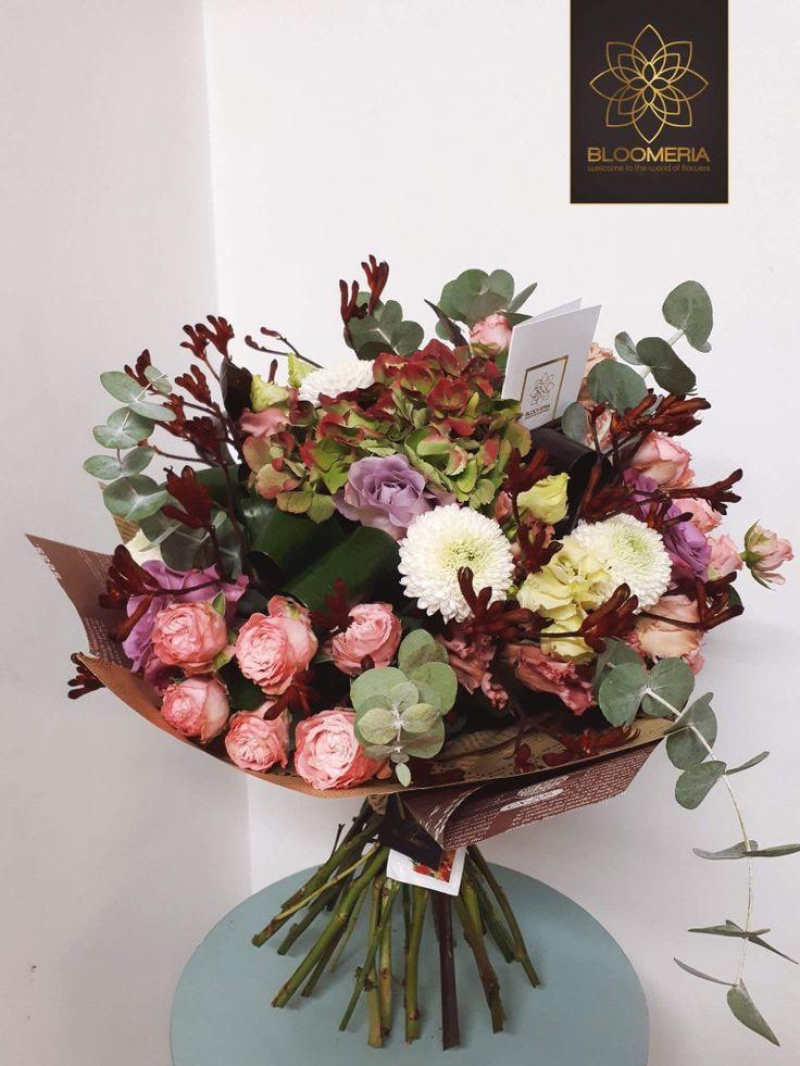 Noi inca ne bucuram de culorile toamnei! 🍁💚🍂 #autumn #livrareflori #florionline #florarieonline #happybirthdaygiulia #Bloomeria  ☎️ 0769655182 http://bloomeria.ro/