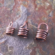 How to make cord crimps ~ Wire Jewelry Tutorials