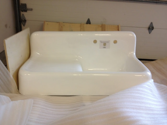 Vintage farmhouse reproduction sink that is will be in downstairs bath My