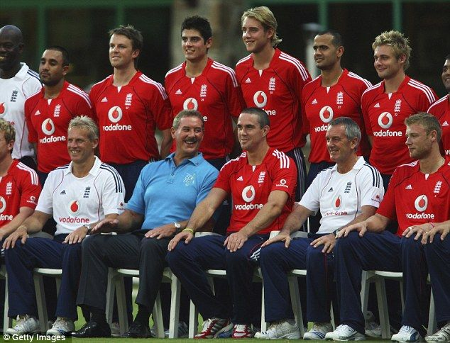 Cricket fan: The then Sir Allen Stanford poses with the England team during the Stanford 2020 Super Series match between England and Middlesex in 2008. He was later stripped of his knighthood