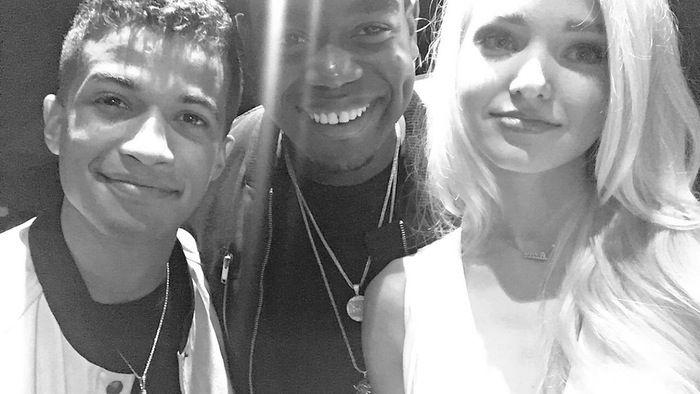 Jordan Fisher and Dove Cameron at the 2015 Kids Choice Awards