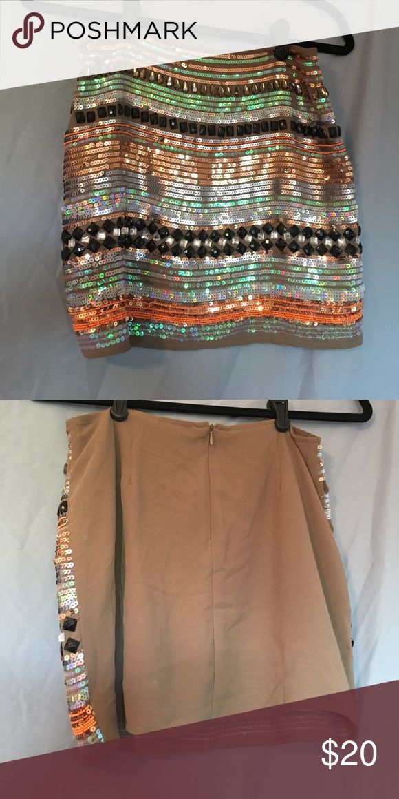 Sequin mini skirt size small Sequin mini skirt. Size small. Two stones are missing. Brand is Fora (can't remember where I bought it!) Size Small Skirts Mini