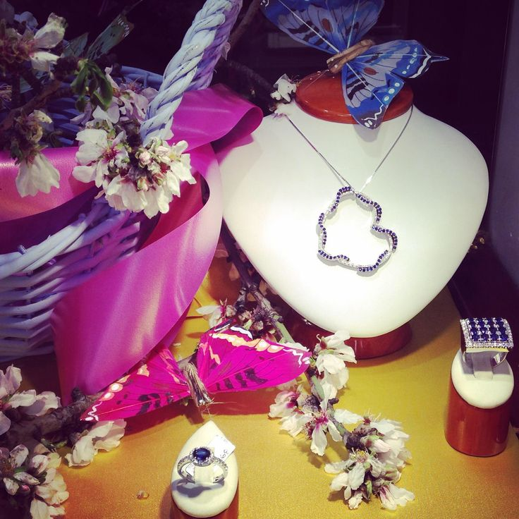 #Necklace #rings #diamonds #sapphires #Crivelligioielli #gold #luxury #jewels #jewelry #TEKAGIOIELLI #followme