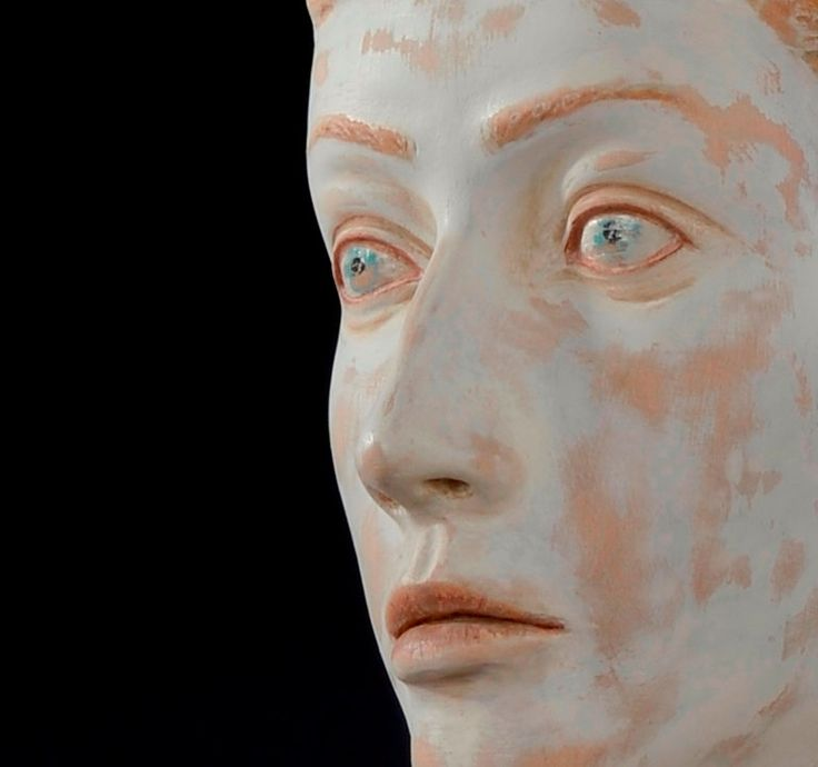 Ragazzo con gli occhi azzurri, scultura in legno di VBBottegaArtigiana su Etsy