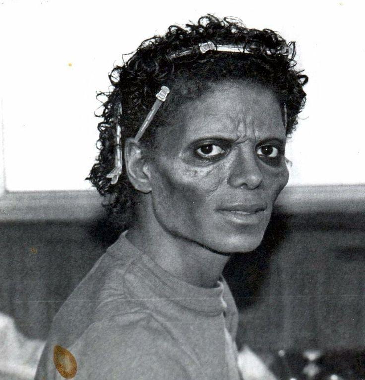 Michael jackson zombie thriller