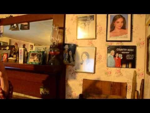 Tour of Butcher Hollow- Loretta Lynn's Childhood Home- Part 4 - YouTube