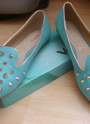 Kup mój przedmiot na #vintedpl http://www.vinted.pl/damskie-obuwie/balerinki/13110454-baleriny-niebieskie-cwieki-nowe-must-have-sezonu