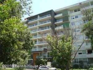 Departamento En Arriendo En Santiago, Nuñoa, Chile, CL RAH: 15-178