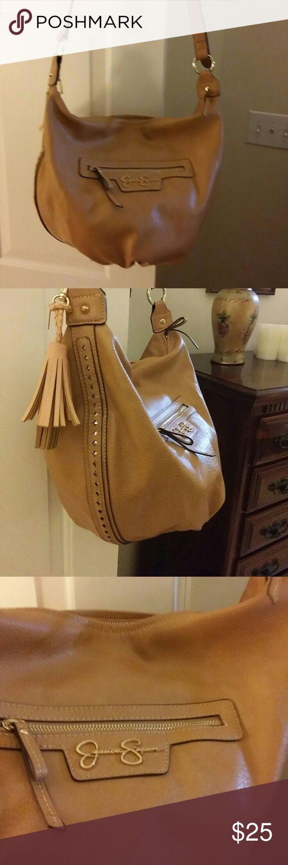 Jessica Simpson shoulder bag Jessica Simpson hobo shoulder bag in excellent condition Jessica Simpson Bags Shoulder Bags