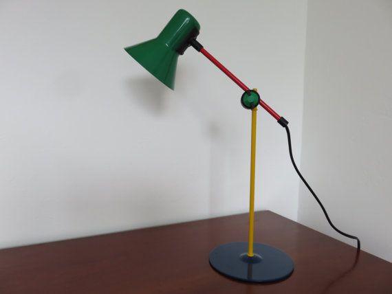 lamp VENETA LUMI Italië icoon van de jaren 80 door intemporeldesign