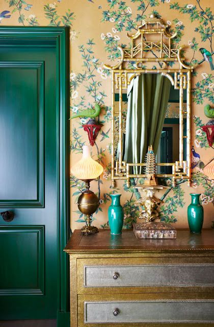Google Image Result for http://bamboofurnitureblog.com/wp-content/uploads/2012/02/Hollywood-Regency-Decorating-Hutton-Wilkinson-Tony-Duquette-Harpers-Bazaar.jpg