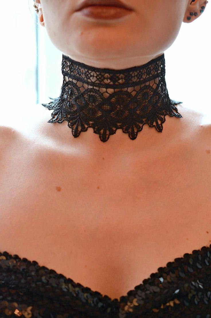 Royal Black Lace Choker