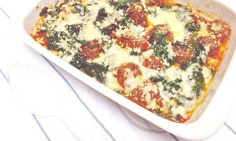 Gehaktballetjes in tomatensaus met heel veel spinazie & kaas uit de oven made by ellen #recept