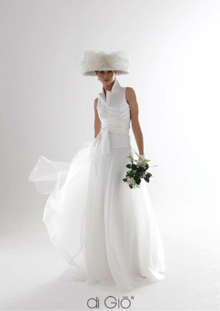 Le spose di Giò #weddingdress #weddingplanner #matrimonio #matrimoniopartystyle #bride #bridal #nozze #sposa2016 #collezionesposa2016
