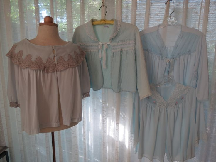 THE LAST (I THINK . . . AT LEAST, FOR NOW) OF MY BEAUTIFUL 1940'S - 1950'S BED JACKETS