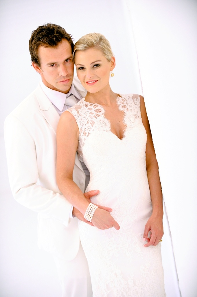 The stunning Karlien van Jaarsveld with her husband Derick Hougaard on their wedding day.