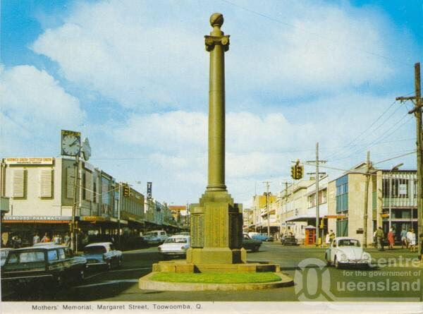 Remember when the Mothers' Memorial was in the middle of Margaret St?
