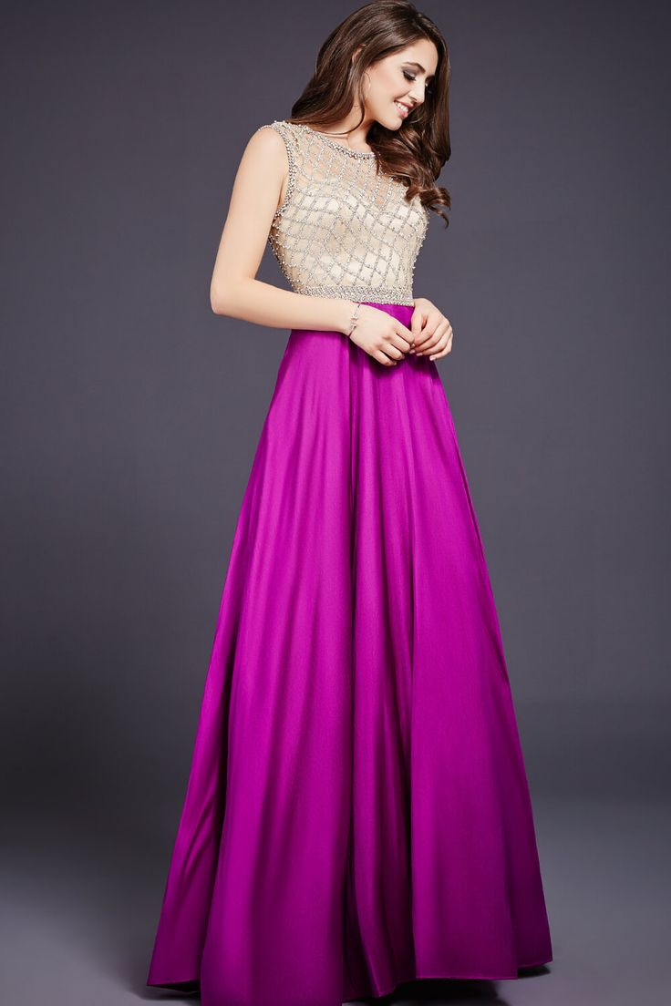 A pop of purple is all you need! #Jovani 36142