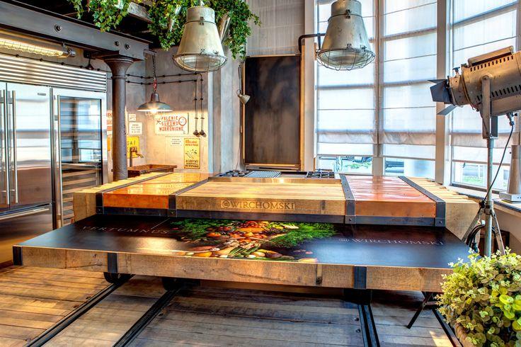 Kuchnia - ekspozycja Merliniego kitchen amazing beautiful unique woodwork wood designer masterchef Manufaktura Wirchomski