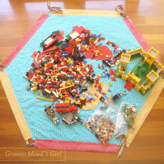 Lego play mat tutorial by Granny Maud's Girl