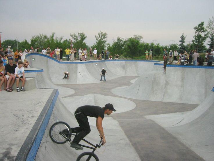 unique skateboard parks | Skateboard Park at the Forks