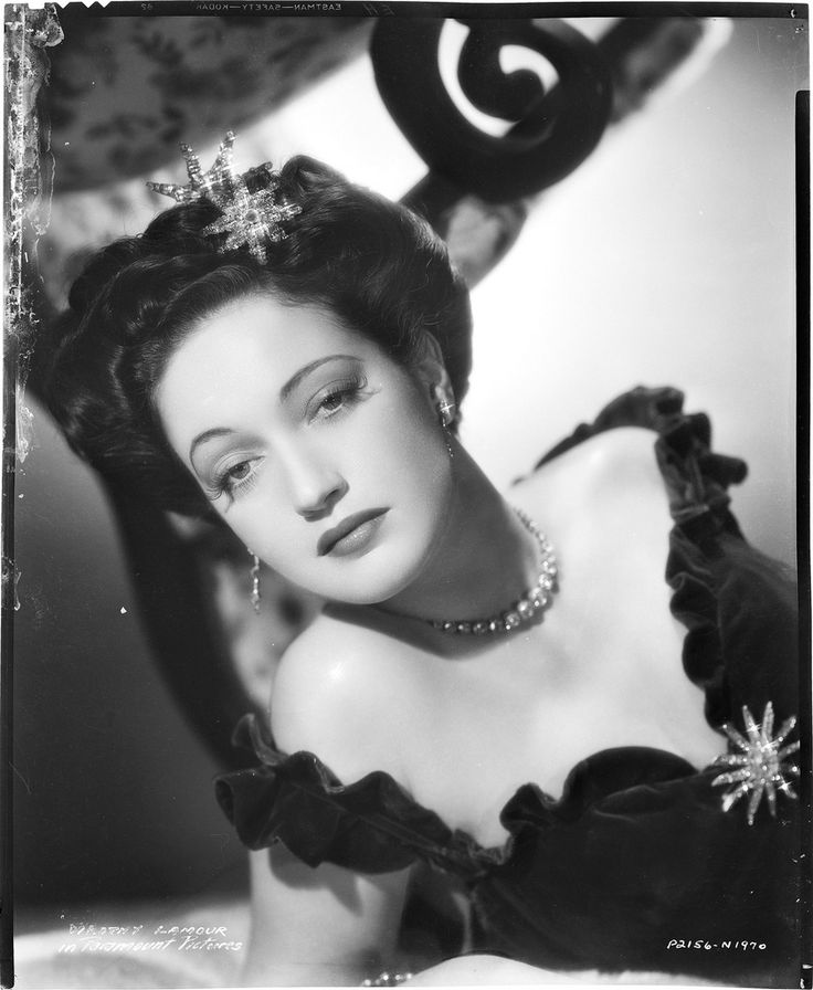 https://flic.kr/p/d4a3bL | 7000-4982 | Camera negative of Dorothy Lamour.
