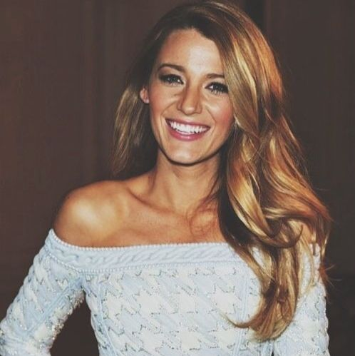 i would enjoy to have this hair. and smile. would like to actually be blake lively.