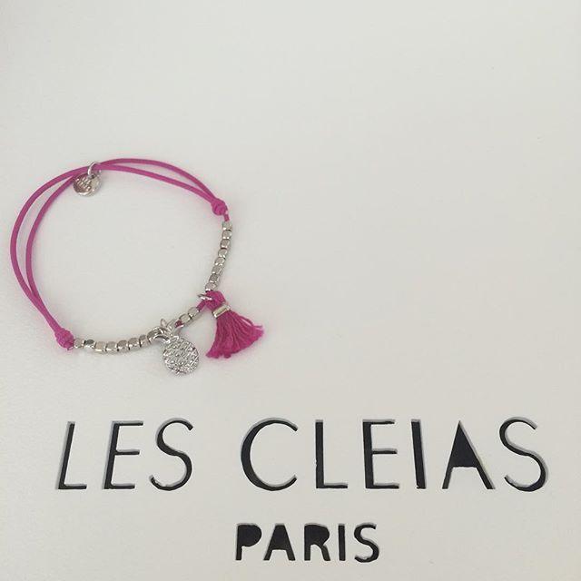 Pulsera con piñita y flecos Les Cleias ✨ #lescleiasparis #lescleiasrd #lescleiasbracelet